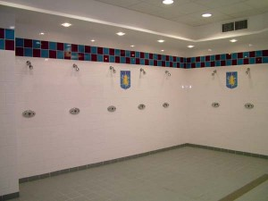 rada-senxe-aston-villa-shower-wall-2